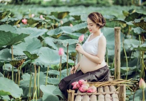 quan hệ khi mang thai tháng đầu