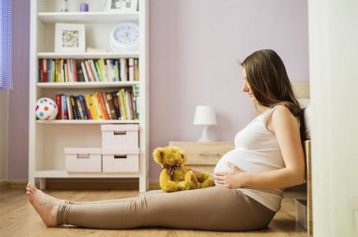 thai 38 tuần bụng căng cứng