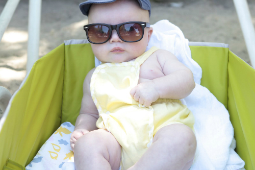Có nên tắm nắng cho trẻ sơ sinh - kiến thức mẹ buộc phải biết