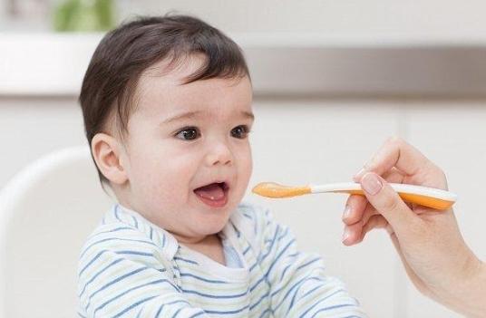 Mẹ Cần Làm Gì Khi Trẻ 15 Tháng Biếng Ăn? Gợi Ý Thực Đơn Cho Trẻ Hết Biếng Ăn