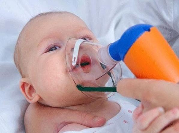Trẻ Sơ Sinh Thở Mạnh Khi Ngủ Có Sao Không? Mẹ Cần Làm Gì?